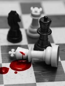 chess_queen-bloody-louise-docker